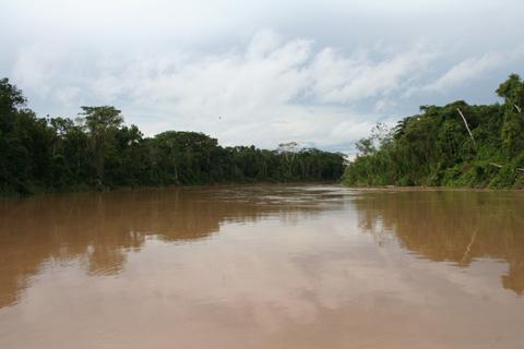 Cuatro-desaparecidos-tras-vuelco-de-embarcacion-en-Yapacani