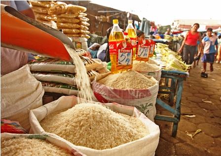 Venden-como--boliviano--el-arroz-de-contrabando