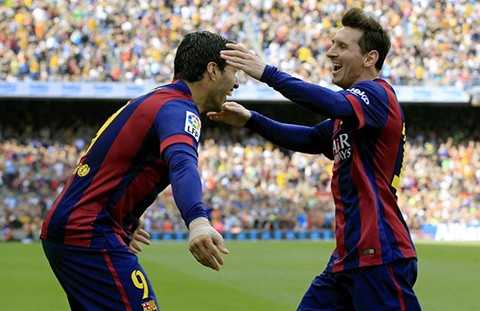 Suarez,-Bravo-y-Messi-permiten-al-Barcelona-consolidar-su-liderato