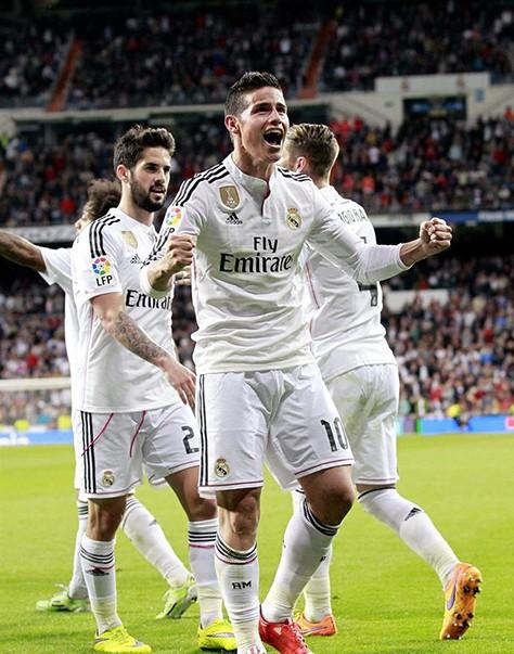 El-Real-Madrid-supera-al-Malaga-3-1-y-mantiene-su-pugna-por-la-Liga