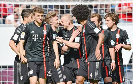 Bayern-vence-al-Hoffenheim-pero-suma-un-lesionado-Mas