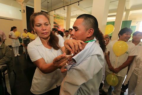 Inicia-campana-de-Las-Americas-que-preve-vacunar-a-450.000-personas