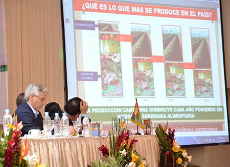 Cumbre-del-agro:-se-mantiene-el-veto-a-exportaciones-y-amplian-la-FES