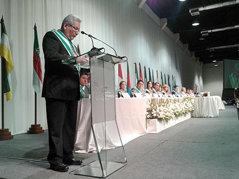 Ruben-Costas-es-posesionado-como-Gobernador-por-tercera-vez