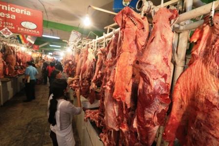 Carniceros-ganan-mas-de-Bs-8-por-kilo