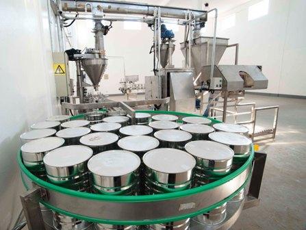 Dotan-de-tecnologia-a-planta-de-lacteos-