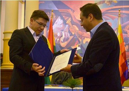 Nuevo-viceministro-del-Tesoro-y-Credito-