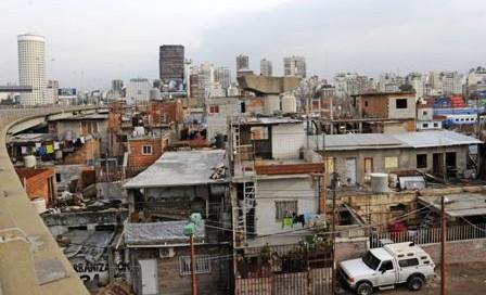 Candidatos-se-olvidan-de-las-villas-en-Buenos-Aires