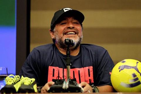Maradona-quiere-presidir-la-FIFA-para--luchar-contra-la-mafia-