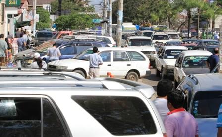 Infracciones-al-parquear-se-extienden-a-toda-la-ciudad