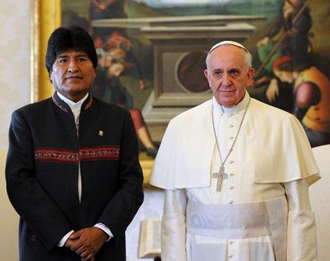 Evo-cree-que-hay-grupos-que-quieren-atentar-contra-la-vida-del-Papa
