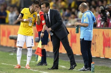 Dunga-convoca-a-Neymar--y-a-Kaka-para-amistosos
