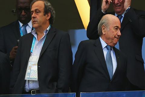 Blatter-acusa-a-Platini-de-haberlo-extorsionado-con-prision