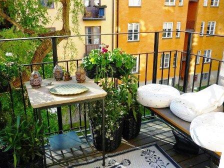 Aproveche-al-maximo-los-pocos-metros-de-su-balcon
