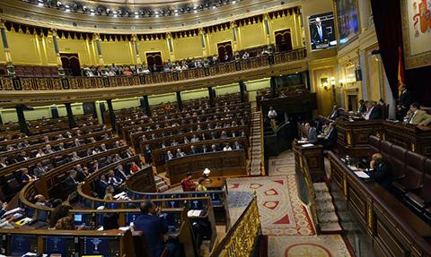Congreso-espanol-aprueba-el-rescate-griego-