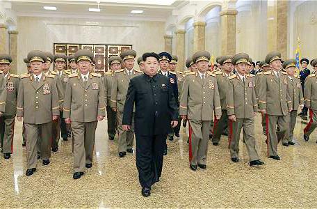 Tropas-fronterizas-de-Corea-del-Norte-listas-para-el-combate-