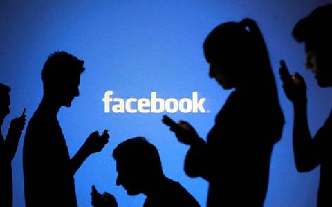 Facebook-bate-record:-1.000-millones-de-usuarios-en-un-dia-