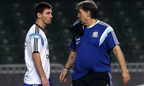 Tata-Martino-defiende--a-Messi-y-asegura-que-estara-en-la-lista-de-convocados