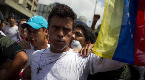 Sentencian-a-13-anos-de-prision-al-opositor-Leopoldo-Lopez