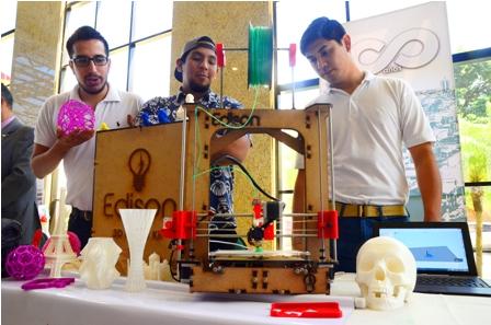 Presentan-impresora-3D--en-la-Rueda-de-Negocios