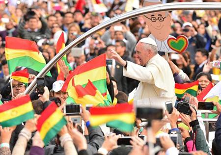 -Papa-Francisco-felicito-a-Evo-Morales-por-fallo-en-La-Haya-
