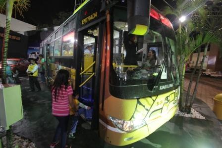 Ofertan-micros-para-el-transporte-publico-