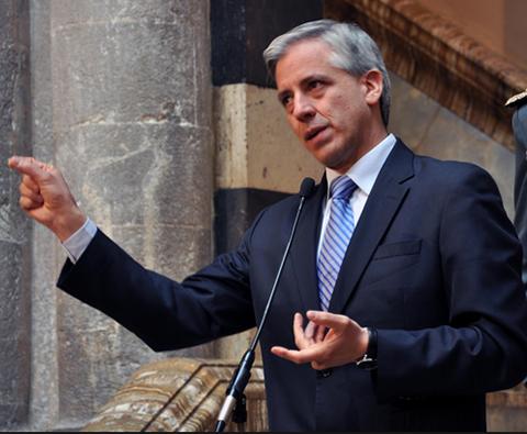 Garcia-Linera-anuncia-cierre-de-la-empresa-del-Mutun