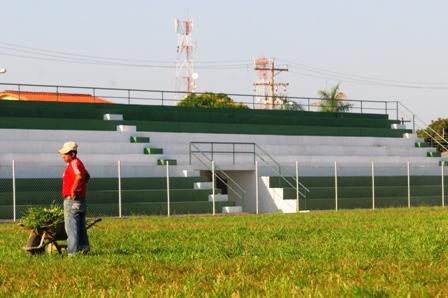 Entrega-primer-estadio-municipal