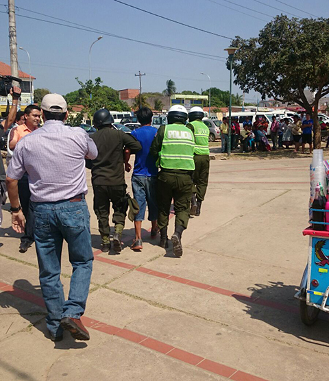 Protestas-en-la-subalcaldia-del-Distrito-8