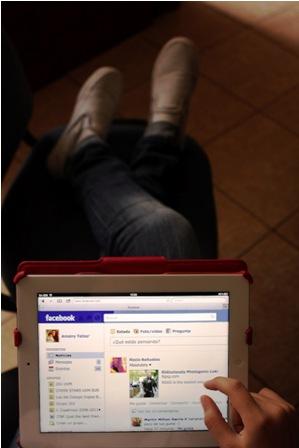 Facebook-Messenger-cerca-de-WhatsApp