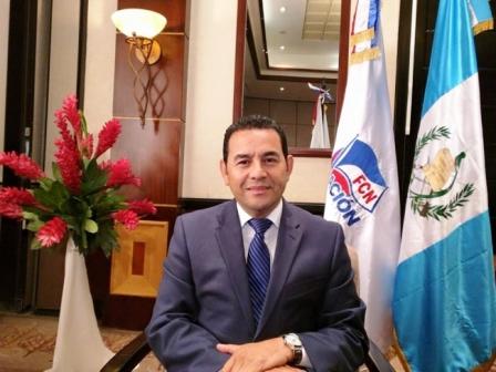 Comediante-asume-como-presidente-de-Guatemala