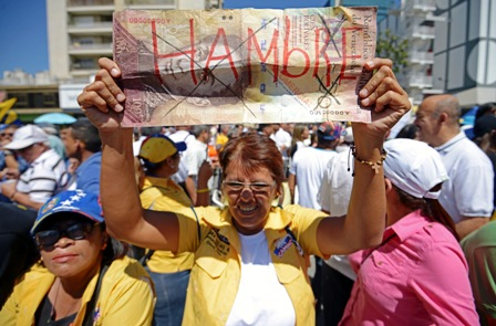 Se-agudiza-conflicto-politico-en-Caracas