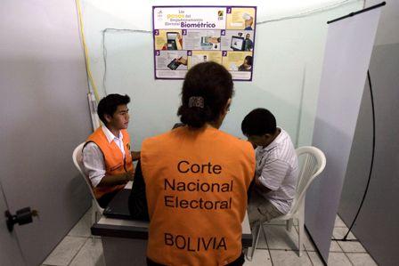Votaran-260.000-en-el-exterior-de-Bolivia-