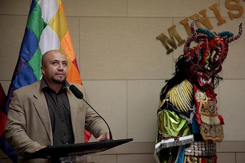 Bolivia-reclama-a-Peru-uso-de-imagenes-del-carnaval-de-Oruro-para-una-festividad