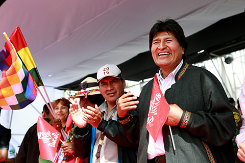 Evo-quiere-que-el-Dakar-siga-pasando-por-Bolivia-