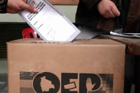 En-Santa-Cruz-mas-de-14.000-personas-estan-inhabilitadas-para-el-referendum