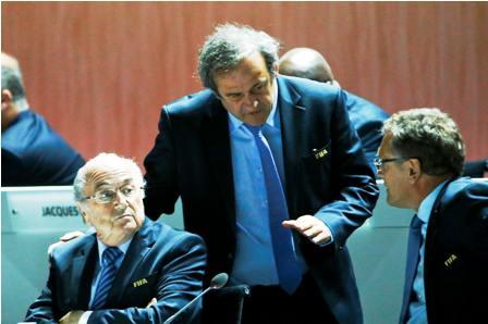 Platini-se-retira-como--candidato-a-la-FIFA-