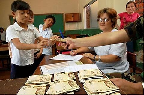 650-mil-estudiantes-recibiran-el-Bono-Juancito-Pinto-desde-el-17-de-octubre-
