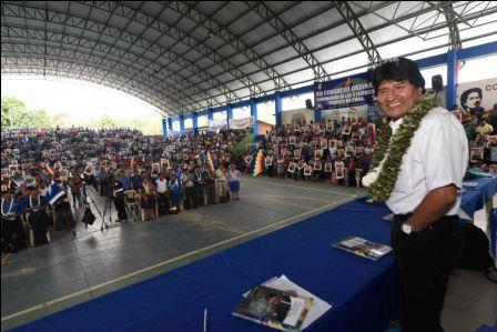 Evo-cita-a-congreso-del-MAS-a-27-organizaciones-sociales-