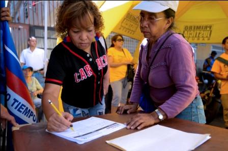 La-justicia-suma-trabas-al-revocatorio-contra-Maduro
