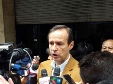 Quiroga:-Gobierno-y-cocaleros-deberian-aprender-de-la-actitud-democratica-del-presidente-Santos