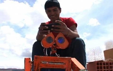 El-creador-del-Wall-E-boliviano-esta-en-Washington-en-un-evento-de-las-mentes-mas-creativas-del-mundo