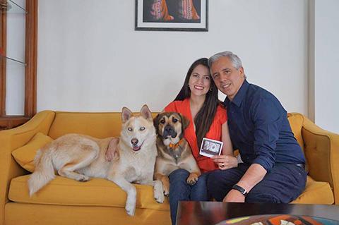 El-Vicepresidente-espera-su-primogenito,-Claudia-Fernandez-esta-embarazada