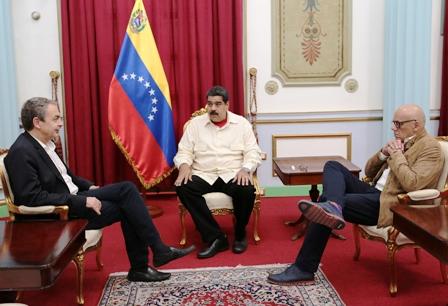 Gobierno-de-Maduro-libera-a-cinco-presos-politicos