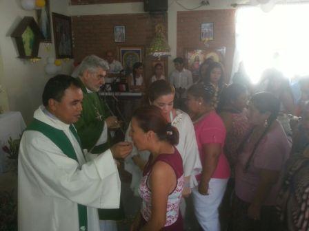 Monsenor-Gualberti-visita-el-penal-de-Palmasola