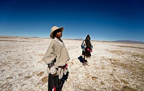 Gobierno-asegura-que-se-da-ayuda-a-los-chipayas,-que-migran-a-Chile-por-falta-de-agua