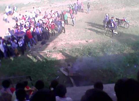 Pobladores-queman-a-presunto-ladron-en-Entre-Rios