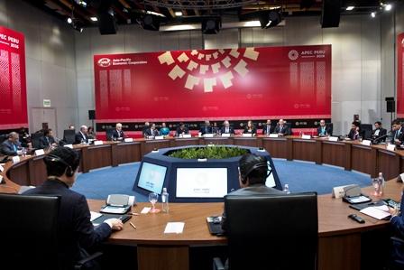 Lideres-piden-impulsar-el-libre-comercio-de-APEC