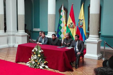 Bolivia-firma-acuerdo-con-Ecuador-para-exportar-derivados-de-la-coca-
