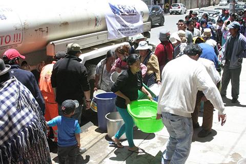 Chile-ofrece-ayuda-humanitaria-a-Bolivia-por-la-crisis-del-agua-